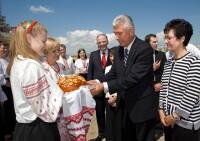 Ukraine: Dieter F. Uchtdorf Visit